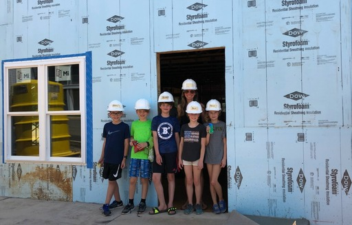 Fourth Grade Students Assist Habitat for Humanity Volunteers