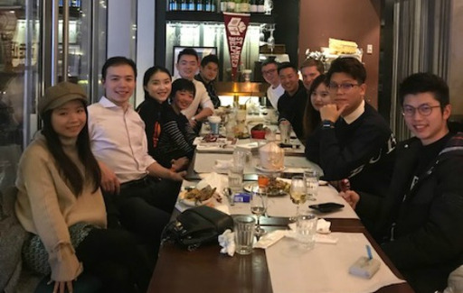 Alumni Enjoy Reunion Dinner in Shanghai